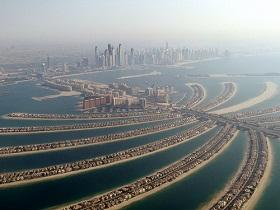 Problems are brewing in the still waters around the artificial Palm Jumeirah archipelago.