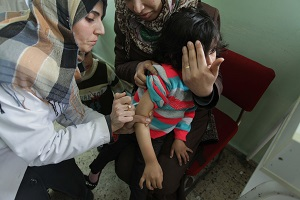 UNICEF supplies vaccines to many children in the Middle East